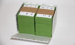 Внутри коробки - карты